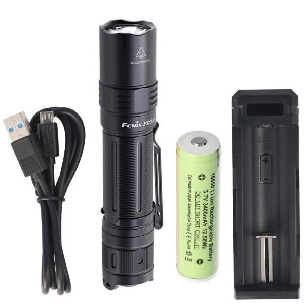 Fenix PD32 LED Taschenlampe mit 1200 Lumen, 395 Meter Leuchtweite inklusive 3400mAh Akku und Ladegerät