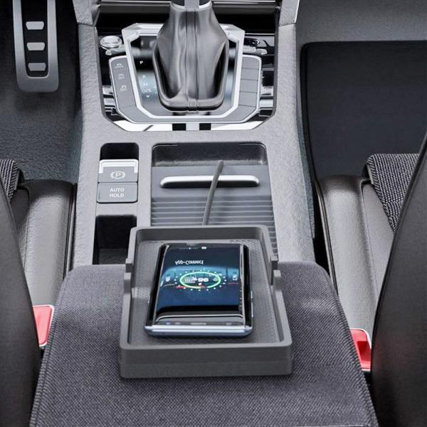 Qi Schnell-Ladegerät mit Ladeschale ideal für Auto, Camping, LKW, Caravan, 10W wireless charging